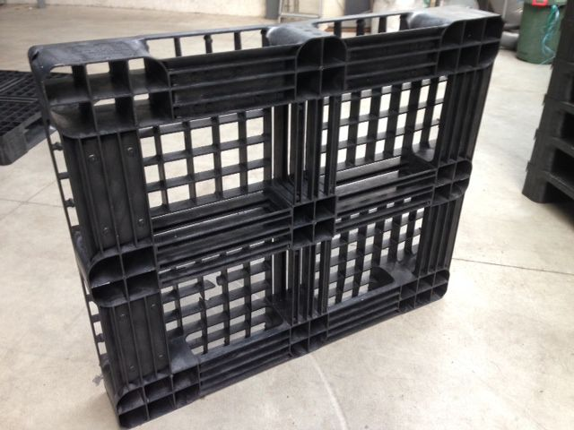 Pallet occasion :1200x1000mm : 19,- euro