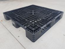 Used Plastic Pallet 1100x1100 mm (3R)