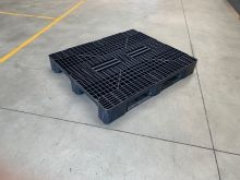 Tweedehands kunststof pallet 1200 x 1000 mm (Medium)