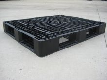 Used plastic pallet : 1200 x 1000 mm